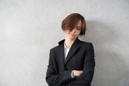 疲れた女性(ストレス・疲労・寝不足)