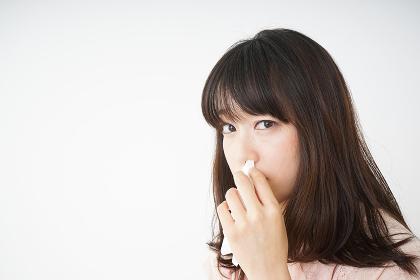 鼻血が出た若い女性