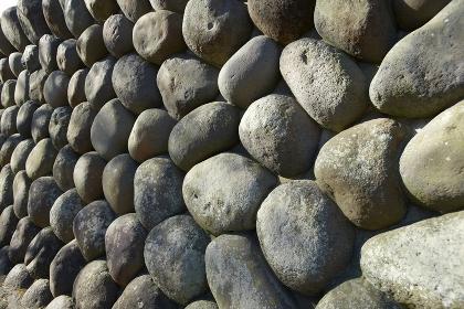 修禅寺の鐘楼の石垣斜めから