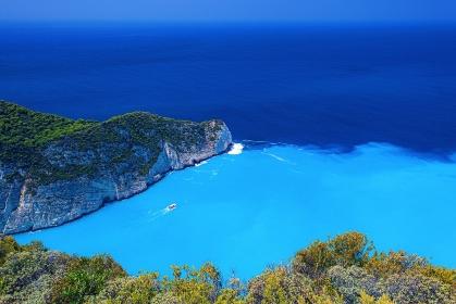 ギリシャ・初夏のザキントス島 ナヴァイオビーチの風景