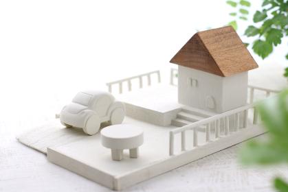 木の工作で作ったマイホームのミニチュア模型