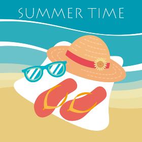 夏のファッションアイテム、麦わら帽子とサングラスとサンダル、ビーチの背景