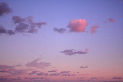 夕焼けの空と雲
