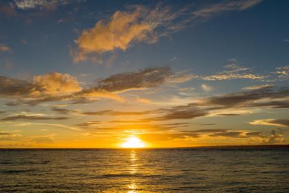 沖縄県 瀬底島 瀬底ビーチの夕景