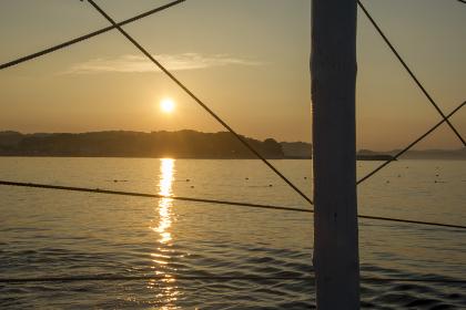 片瀬海水浴場快晴の日の出