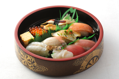 握り寿司と色々なネタのお寿司