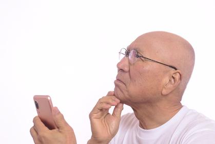 スマートフォン初心者のシニア男性