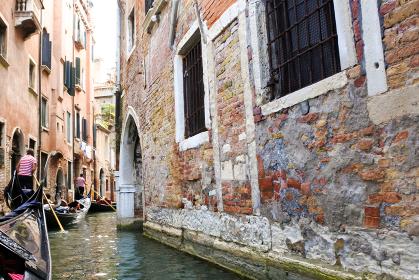 イタリアの水の都ヴェネチアのゴンドラ