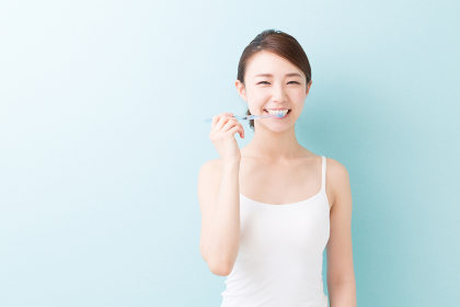美容イメージ 歯磨き