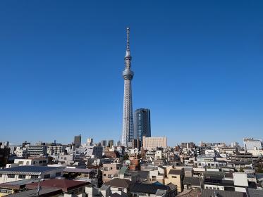 東京スカイツリーと住宅街