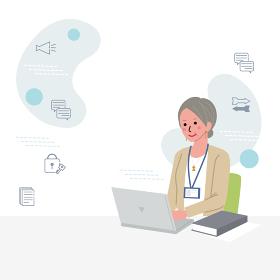 パソコンをするシニアの女性のイラスト