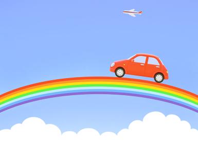 青空の虹と赤い車