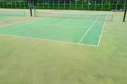 管理された綺麗なテニスコート