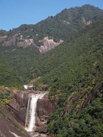 屋久島、宮之浦岳と大滝