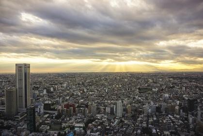 東京都 新宿区 都庁展望室からの夕景と眺望