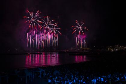 熱海の花火。熱海海上花火大会。
