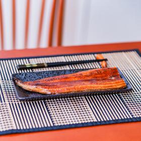 ウナギ 鰻 蒲焼 土用の丑の日 中国産 【 夏 の イメージ 】