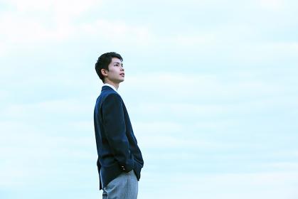 空の下の男子高校生