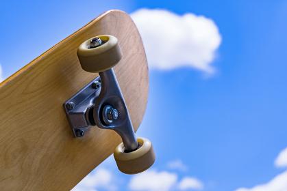 スケボー スケートボード 【 スポーツ の 秋 の イメージ 】