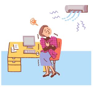 エアコンで体が冷える女性