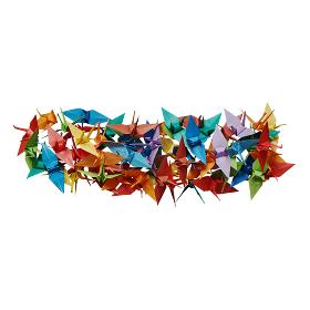 白バックに折り紙の鶴で作ったマイナス記号
