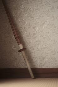 壁にかけた竹刀「縦構図」
