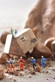 災害と土砂崩れのジオラマモデル