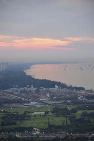 シンガポール湾の夜明け