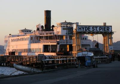 サンフランシスコ海事国立史跡公園に保存されている蒸気フェリー「ユーレカ」