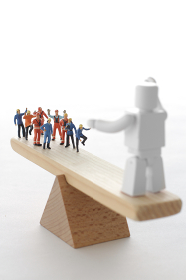 人とロボットの能力の比較