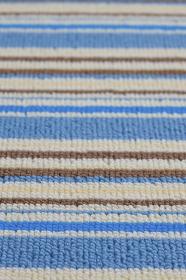 縞模様のカーペット
