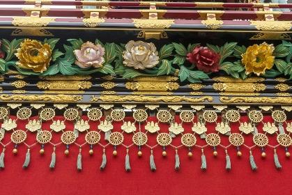 高山秋祭り、豊明臺の華麗な菊花装飾
