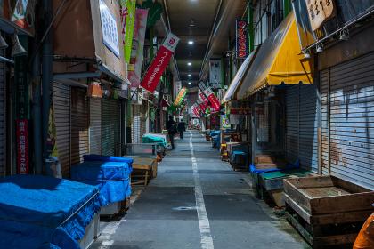 夜の商店街