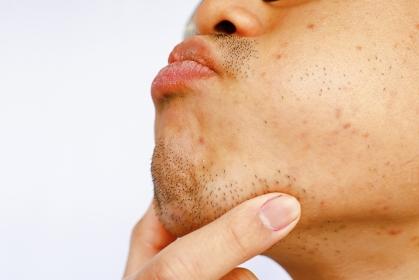 日本人男性の顎髭・口髭