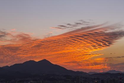 足立公園展望台から見た皿倉山の夕景 福岡県北九州市