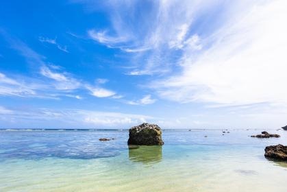 沖縄県宮古島、6月のボラガービーチ・日本