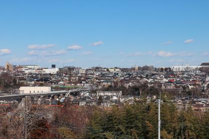 あきる野市側から見た羽村市の街並み(東京都)