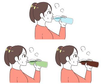 ペットボトルで水分補給 女性