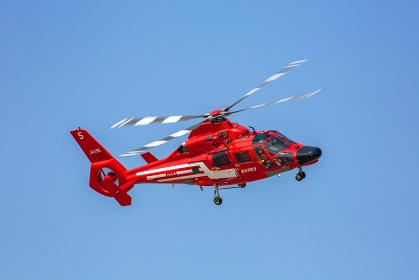東京消防庁航空隊の消防ヘリコプター(立川市・東京)