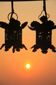 二月堂の吊り燈籠