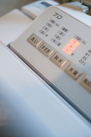 稼働中の洗濯機