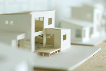 ミニチュアのマイホームの模型