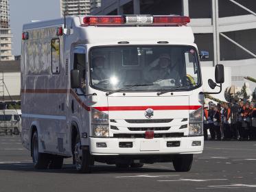 救急車,救急救命,医療,搬送,治療,緊急車両,メディカル,緊急自動車,メディカルイメージ,病気,緊急,危機,東京,車,日本,自動車,事故,東京都,安心,安全,消防,特殊車両,救命,特殊救急車,スーパーアンビュランス,患者搬送,救護所,大規模災害,多数傷病者,ヘルスケア,関東,関東地方,乗り物,アジア,東洋,乗用車,