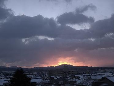 冬の日の夜明け