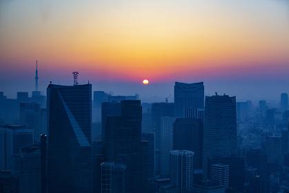東京都心の朝焼け