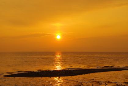 有明海の静かな夜明け