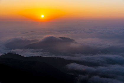 白山山頂からの朝日