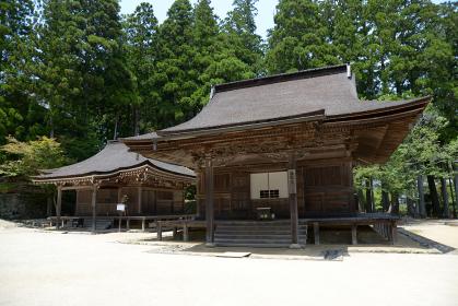 高野山壇上伽藍 准胝堂と孔雀堂 和歌山県高野町