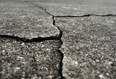 コンクリートの亀裂 6