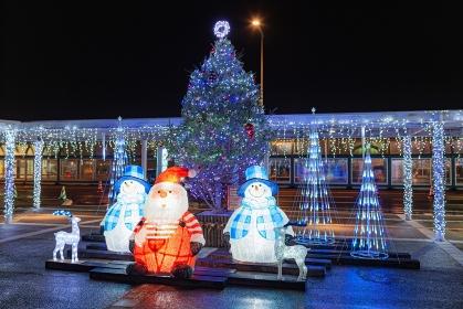 北海道・函館市 冬の函館空港のクリスマスイルミネーションの風景
